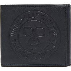 Portfel - Czarny. Czarne portfele męskie Cropp. Za 44.99 zł.