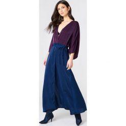 NA-KD Party Satynowa sukienka-płaszcz - Purple,Multicolor. Fioletowe płaszcze damskie NA-KD Party, z poliesteru. Za 60.95 zł.