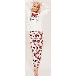 Dwuczęściowa piżama Minnie Mouse - Biały. Białe piżamy damskie House, z motywem z bajki. W wyprzedaży za 49.99 zł.