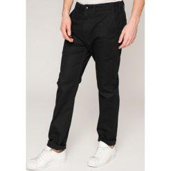 Levi's - Spodnie. Brązowe eleganckie spodnie męskie Levi's, z bawełny. Za 329.90 zł.
