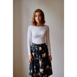 Bluzka Eunika biała długi rękaw XXS biały. Bluzki z długim rękawem męskie marki Pulp. W wyprzedaży za 69.30 zł.