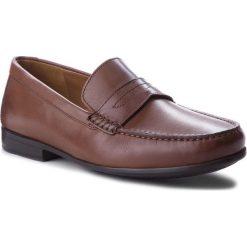 Mokasyny CLARKS - Claude Lane 261238637 Brown Leather. Brązowe mokasyny męskie Clarks, z materiału. W wyprzedaży za 199.00 zł.
