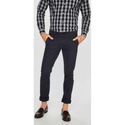 Only & Sons - Spodnie. Szare eleganckie spodnie męskie Only & Sons, z bawełny. W wyprzedaży za 119.90 zł.