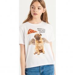 T-shirt ze zwierzakiem - Biały. Białe t-shirty damskie Sinsay. Za 19.99 zł.