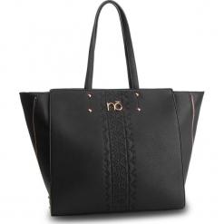 Torebka NOBO - NBAG-D0010-C020 Czarny. Czarne torebki do ręki damskie Nobo, ze skóry ekologicznej. W wyprzedaży za 149.00 zł.