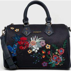 Desigual - Torebka. Brązowe torby na ramię damskie Desigual. W wyprzedaży za 239.90 zł.