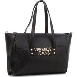 Torebka VERSACE JEANS - E1VSBBL7-70712 899. Czarne torebki do ręki damskie Versace Jeans, z jeansu. W wyprzedaży za 549.00 zł.
