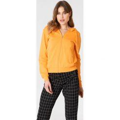 NA-KD Basic Bluza basic z kapturem - Orange. Pomarańczowe bluzy damskie NA-KD Basic. Za 100.95 zł.