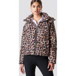 NA-KD Trend Kurtka watowana w cętki - Brown,Multicolor. Brązowe kurtki damskie NA-KD Trend, z materiału. Za 323.95 zł.