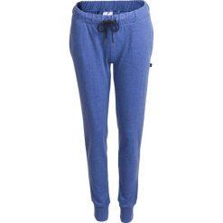 Spodnie dresowe damskie SPDD600 - denim melanż - Outhorn. Szare spodnie dresowe damskie Outhorn, na lato, melanż, z denimu. W wyprzedaży za 39.99 zł.