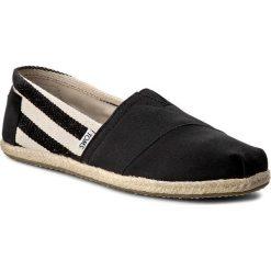 Espadryle TOMS - Classic 10005415 Black Stripe. Czarne espadryle damskie Toms, z materiału. W wyprzedaży za 179.00 zł.