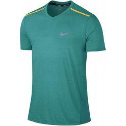 Nike Koszulka Do Biegania M Nk Brthe Top Ss Tailwind Clv Xxl. Zielone koszulki sportowe męskie Nike, z krótkim rękawem. W wyprzedaży za 149.00 zł.