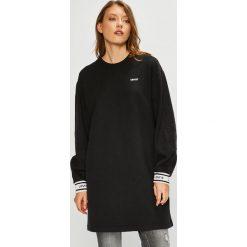 Levi's - Sukienka. Brązowe sukienki damskie Levi's, z bawełny, casualowe, z okrągłym kołnierzem. Za 299.90 zł.