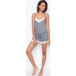 Etam - Kombinezon piżamowy. Szare piżamy damskie Etam, z dzianiny. W wyprzedaży za 99.90 zł.