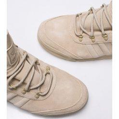 Adidas Originals - Buty Jake Boot 2.0. Szare trekkingi męskie adidas Originals, z materiału. W wyprzedaży za 549.90 zł.