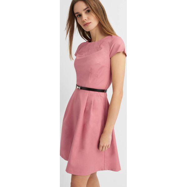 038790402c Rozkloszowana sukienka z paskiem - Sukienki damskie marki Orsay. Za ...
