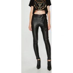 Guess Jeans - Spodnie Eve. Szare jeansy damskie Guess Jeans. Za 399.90 zł.