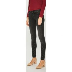 Pepe Jeans - Jeansy Pixie Stars. Czarne jeansy damskie Pepe Jeans. Za 399.90 zł.