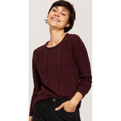 Sweter z warkoczami - Bordowy. Swetry damskie marki bonprix. Za 89.99 zł.