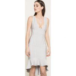 Missguided - Sukienka. Szare sukienki damskie Missguided, z elastanu, casualowe, z asymetrycznym kołnierzem. W wyprzedaży za 129.90 zł.