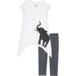 Piżama ze spodniami 3/4 i koszulką z dłuższymi bokami bonprix biel wełny - szary z nadrukiem. Piżamy damskie marki bonprix. Za 69.99 zł.