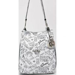 Guess Jeans - Torebka Sally. Szare torby na ramię damskie Guess Jeans. Za 599.90 zł.