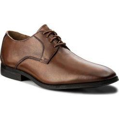 Półbuty CLARKS - Gilman Lace 261297727 Dark Tan Leather. Brązowe eleganckie półbuty Clarks, ze skóry. W wyprzedaży za 269.00 zł.