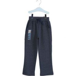 Granatowe Spodnie Dresowe Deep Waters. Niebieskie spodnie sportowe dla chłopców Born2be, z dresówki. Za 29.99 zł.