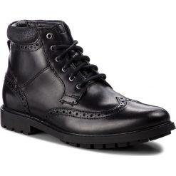 Kozaki CLARKS - Curington Rise 261368537  Blk Smooth Leather. Czarne kozaki męskie Clarks, z materiału, eleganckie. W wyprzedaży za 279.00 zł.