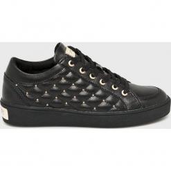 Guess Jeans - Buty Glinna. Czarne obuwie sportowe damskie Guess Jeans, z aplikacjami, z gumy. Za 579.90 zł.
