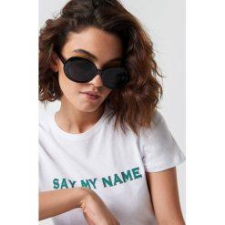 Emilie Briting x NA-KD Owalne okulary przeciwsłoneczne - Black. Czarne okulary przeciwsłoneczne damskie Emilie Briting x NA-KD. Za 80.95 zł.