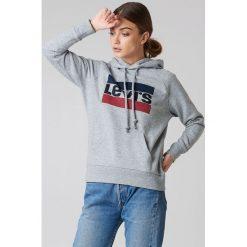 Levi's Bluza z kapturem Graphic Sportswear - Grey. Szare bluzy damskie Levi's, z nadrukiem. Za 242.95 zł.