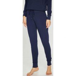 Lauren Ralph Lauren - Spodnie piżamowe. Szare piżamy damskie Lauren Ralph Lauren, z bawełny. Za 329.90 zł.