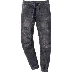 Dżinsy wsuwane Slim Fit Straight bonprix czarny denim. Jeansy męskie marki bonprix. Za 129.99 zł.