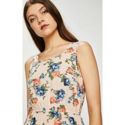 Haily's - Sukienka Amalia. Szare sukienki damskie Haily's, z tkaniny, casualowe, z okrągłym kołnierzem. W wyprzedaży za 59.90 zł.