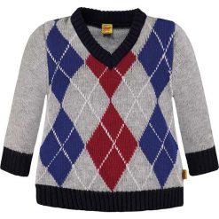 Sweter w kolorze szaro-czerwono-niebieskim. Swetry dla chłopców marki Reserved. W wyprzedaży za 129.95 zł.