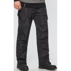 Spodnie snowboardowe - Czarny. Czarne spodnie snowboardowe męskie Cropp. Za 199.99 zł.