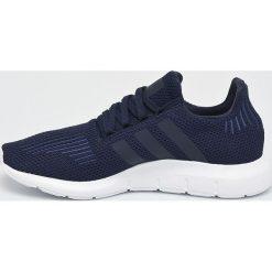 Adidas Originals - Buty Swift Run. Szare buty sportowe męskie adidas Originals. W wyprzedaży za 329.90 zł.