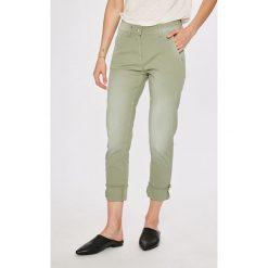 Answear - Spodnie Garden of Dreams. Szare spodnie materiałowe damskie ANSWEAR, z bawełny. W wyprzedaży za 99.90 zł.