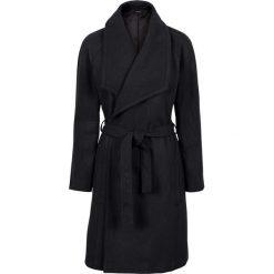 Krótki płaszcz z wykładanym kołnierzem bonprix czarny. Płaszcze damskie marki FOUGANZA. Za 189.99 zł.