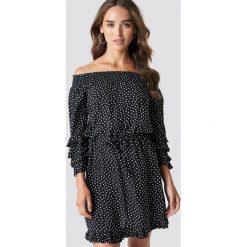 Trendyol Sukienka mini w kropki - Black. Czarne sukienki damskie Trendyol, w kropki, z falbankami. Za 141.95 zł.