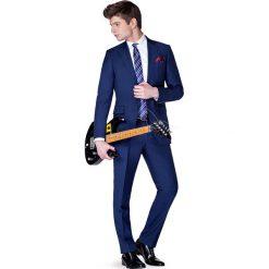 Garnitur Navy Amazon. Niebieskie garnitury męskie LANCERTO, z bawełny. W wyprzedaży za 599.90 zł.