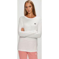 Adidas Originals - Bluzka. Szare bluzki damskie adidas Originals, z bawełny, casualowe, z okrągłym kołnierzem. Za 169.90 zł.