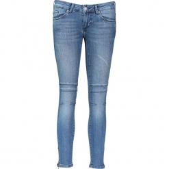 """Dżinsy """"Gina"""" - Slim fit - w kolorze niebieskim. Niebieskie jeansy damskie Mustang. W wyprzedaży za 217.95 zł."""