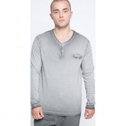 3850f2adb8fb9 Szare t-shirty i koszulki męskie marki Bench w wyprzedaży - Kolekcja ...