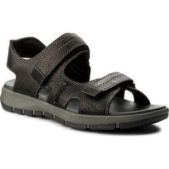 Sandały CLARKS - Brixby Shore 261315457 Black Leather. Czarne sandały męskie Clarks, z materiału. W wyprzedaży za 199.00 zł.