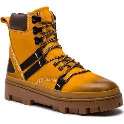 Trapery DIESEL - D-Vibe Hikeb Y01818 P0548 T3061 Sunflower. Żółte śniegowce i trapery męskie Diesel, z materiału. Za 1,039.00 zł.