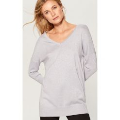 Sweter z metaliczną nitką - Beżowy. Swetry damskie marki bonprix. W wyprzedaży za 79.99 zł.
