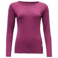 Devold Koszulka Damska Muldal Woman Shirt W/Print Plum S. Czerwone koszulki sportowe damskie Devold, z wełny, z długim rękawem. Za 329.00 zł.