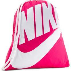 Plecak NIKE - BA5351 694. Czerwone plecaki damskie Nike, z materiału, sportowe. Za 74.00 zł.